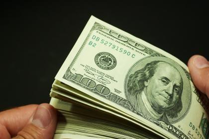 Banii si femeile, tentatiile sefilor de companii. Cele mai rasunatoare scandaluri cu directori generali celebri FOTO
