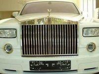 A platit 8 milioane de dolari pentru un Rolls Royce. Vezi de ce a costat atat de mult: