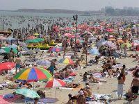 Analiza: Unde stau 100.000 de turisti in plus in week-end-urile aglomerate pe litoral