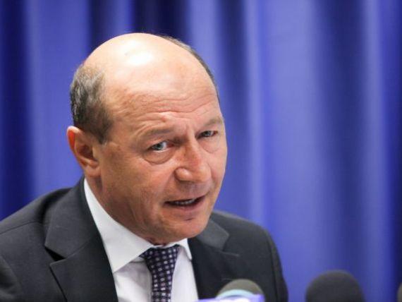 Basescu:  Trebuie redus numarul bugetarilor. Daca tot imprumutam pentru salarii si pensii, dam faliment toti