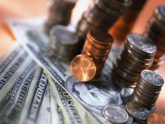 Bani albi pentru zile negre. Topul tarilor in care locuitorii economisesc cei mai multi bani