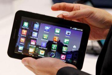 Ironic: Samsung poate sa vanda tablete in Europa, HTC vrea sa interzica vanzarea produselor Apple