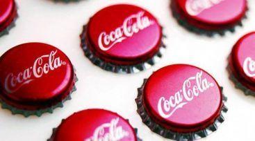 Coca-Cola investeste 4 mld. de euro in China. Ce face rivalul Pepsi