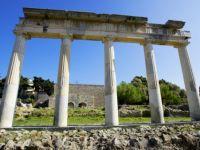 Criza datoriilor din Europa nu se va incheia pana cand Grecia nu va fi lasata sa dea faliment VIDEO