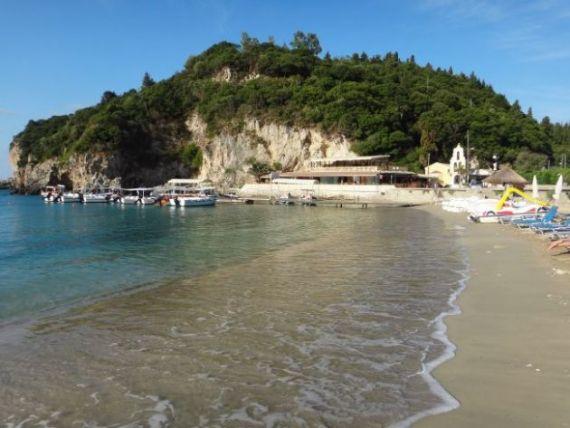 Corfu. Insula cu arhitectura venetiana, kitschuri chinezesti si preturi hellip; romanesti