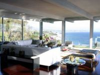 Angelina Jolie si Brad Pitt isi vand locuinta din Malibu! Vezi poze cu super casa