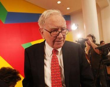 Buffet salveaza piata financiara, din nou. Care sunt motivele pentru care valoarea actiunilor Bank of America au crescut cu 26%