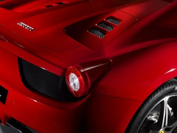 Milionarii Romaniei isi comanda masini nelansate inca. 10 Ferrari 458 Spider vor fi conduse pe soselele autohtone  FOTO si VIDEO