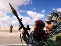 Disputa apriga. Traderii si companiile petroliere se lupta sa livreze carburanti Libiei