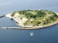 Ai bani de cheltuit? Cea mai mare insula artificiala din lume, scoasa la vanzare FOTO
