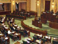 Parlamentarii lucreaza un sfert din an, dar cheltuiesc tot anul