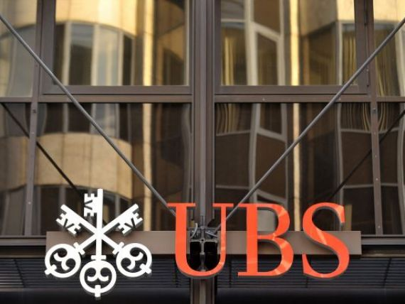 Sute de bancheri UBS ar putea ramane fara bonusuri in acest an din cauza fraudei de 2 mld. dolari
