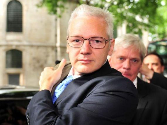WikiLeaks ii vinde lucrurile lui Assange ca sa faca rost de bani. Ce produse au fost scoase la licitatie