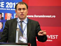 """Dr. Doom"" pune cruce Atenei: Grecia ar trebui sa paraseasca zona euro si sa intre in default"