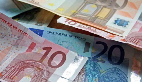 Disperare la Atena. Grecia reduce din nou pensiile si face concedieri, pentru a evita intrarea in default