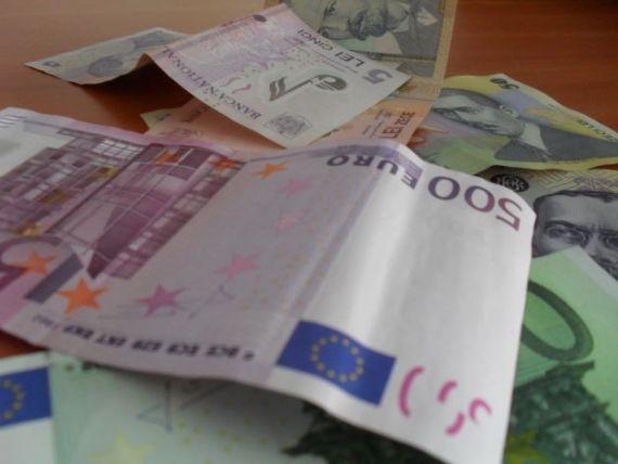 Cursul BNR a atins un nou maxim al anului si a depasit 4,3 lei/euro
