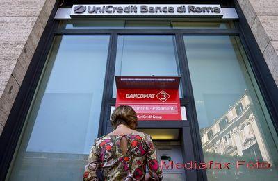 Moddy s continua retrogradarile in Italia. UniCredit, Intesa Sanpaolo si Enel, revizuite in scadere