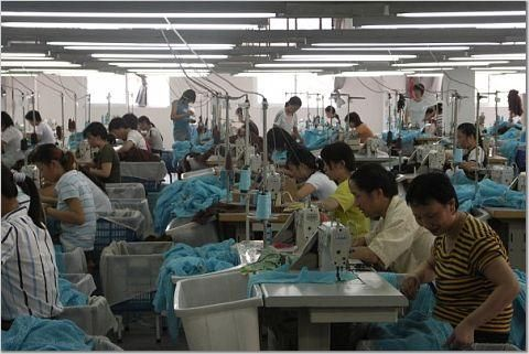 Revolta tinerilor chinezi. Cum s-a scumpit forta de munca din Asia
