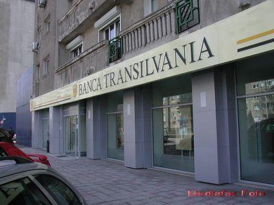 Banca Transilvania: Investitiile in IT nu au reusit sa inlocuiasca hartia. Cui apartine viitorul in bankingul comercial