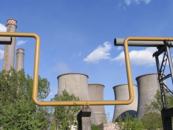 Contractele incheiate de  baietii destepti  din energie, in atentia Comisiei Europene
