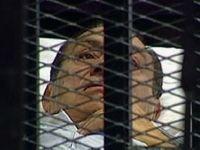 Surse: Moartea lui Ghaddafi i-a provocat un infarct lui Hosni Mubarak. E posibil sa fi murit