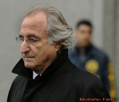 Renumitul escroc Bernard Madoff si sotia sa au incercat sa se sinucida impreuna