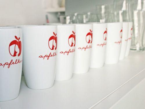 Marul lui Jobs, sursa de inspiratie pentru start-up-uri. Cu cine se judeca Apple pentru logo-ul aclamat de milioane de fani