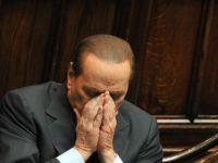 """Apusul unei epoci la Roma. Ce nu stiai despre """"lumea ciudata"""" a lui Silvio Berlusconi, omul care tine pe jar intreaga Europa"""