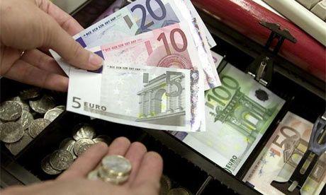 Raiffeisen: Introducerea unei taxe bancare in Romania este putin probabila, din cauza opozitiei BNR