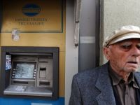 Inca o lovitura pentru sistemul bancar din Grecia. Populatia a retras 5 mld. euro din banci in ultima saptamana