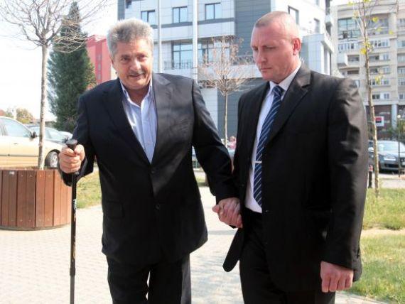 Curtea de Apel Bucuresti judeca, azi, recursurile lui Sorin Ovidiu Vintu si celorlalti suspecti din dosarul Petromservice