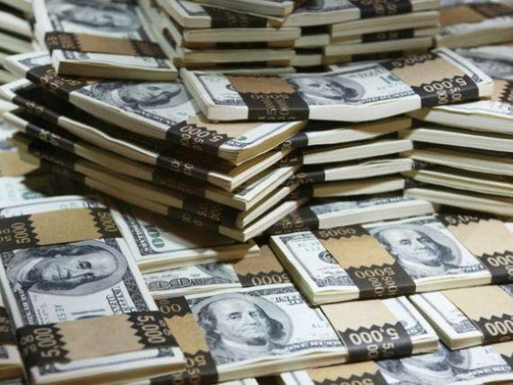 La japonezi se poate. De ce a renuntat la un salariu de 15.000 de dolari ministrul nipon al Mediului