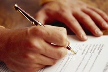 Guvernul taie pana la 2 miliarde de lei din sumele alocate investitiilor in 2012