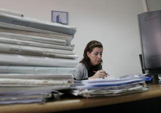 Marea restructurare a bugetarilor: de la MAE pleaca un om, de la Educatie 88, iar de la Finante 105. Care sunt cei mai scumpi angajati