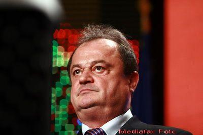 Troc in coalitia de guvernare: UDMR cedeaza PDL-ului presedintia Senatului, in schimbul sefiei SGG