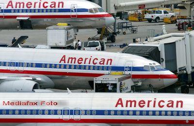 Grupul care detine American Airlines, al treilea operator aerian din SUA, a intrat in faliment