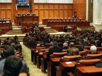 Parlamentul a suspendat dezbaterea legii bugetului pe 2012. Opozitia a lipsit de la sedinta