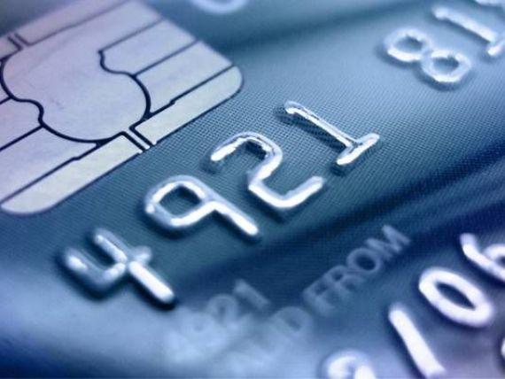 BRD isi linisteste clientii:  Cardurile functioneaza normal, iar banca a suplimentat masurile de securitate a tranzactiilor