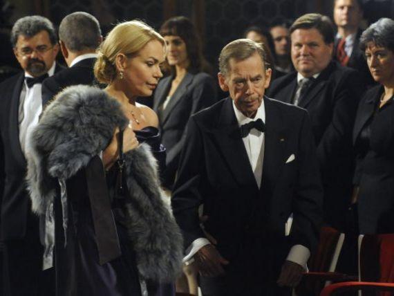A pierit un simbol. Vaclav Havel, sustinatorul  Revolutiei de catifea , a murit la 75 de ani