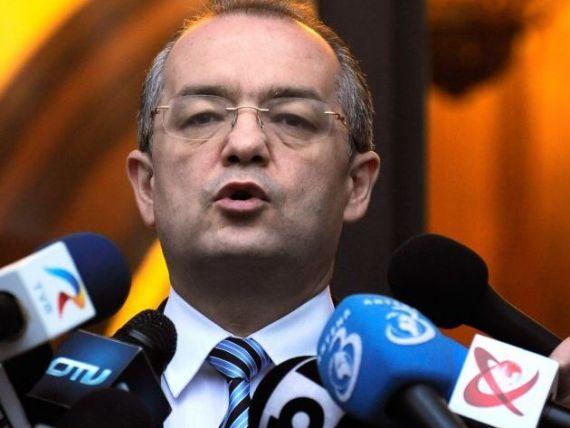 Boc se contrazice cu consilierii lui Isarescu:  Sa se ocupe de rezervele BNR si sa lase deficitul. Nu vom accesa banii de la CE si FMI