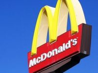 Afacerile McDonald's Romania, estimate la peste 100 milioane de euro in acest an