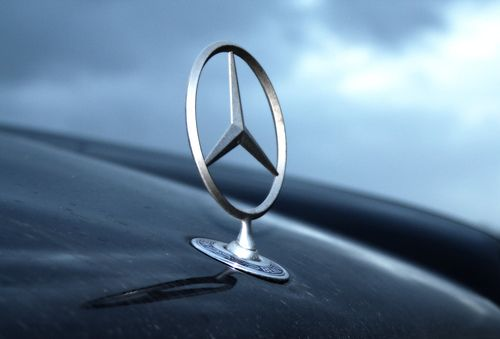 In decembrie 1900, primul Mercedes era livrat cumparatorului, care i-a dat si numele. Istoria celei mai luxoase marci auto din lume FOTO