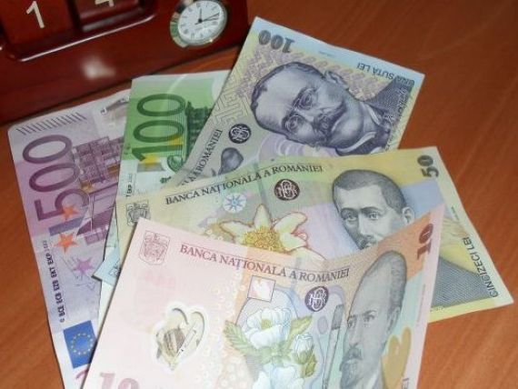 Cursul a coborat sub 4,29 lei/euro
