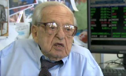 Cel mai batran jucator la bursa. Tranzactioneaza pe Wall Street la 106 ani VIDEO