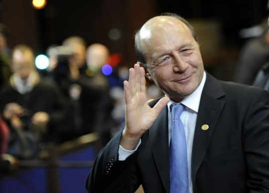 Reuters: Traian Basescu pariaza pe planul lui Putin