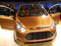 Ford incepe productia B-Max la Craiova. Cursa aeriana speciala care va aduce saptamanal in Romania 100 de ingineri germani si britanici este functionala