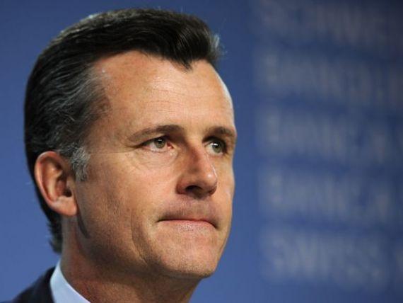 Guvernatorul bancii Elvetiei ramane in functie, dar regreta cu nu a impiedicat tranzactiile sotiei