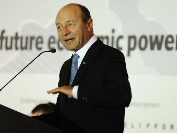 Traian Basescu:  Obiectivul nostru declarat este de acces in zona Euro in 2015