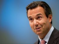 Urma sa primeasca un bonus de 3 milioane de euro. Cum i-a socat pe actionari directorul bancii Llyods