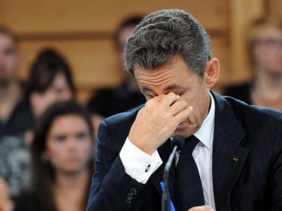 Dupa ce si-a pierdut un  A  din putere, Sarkozy promite noi reforme:  Trebuie sa luptam. Criza poate fi depasita